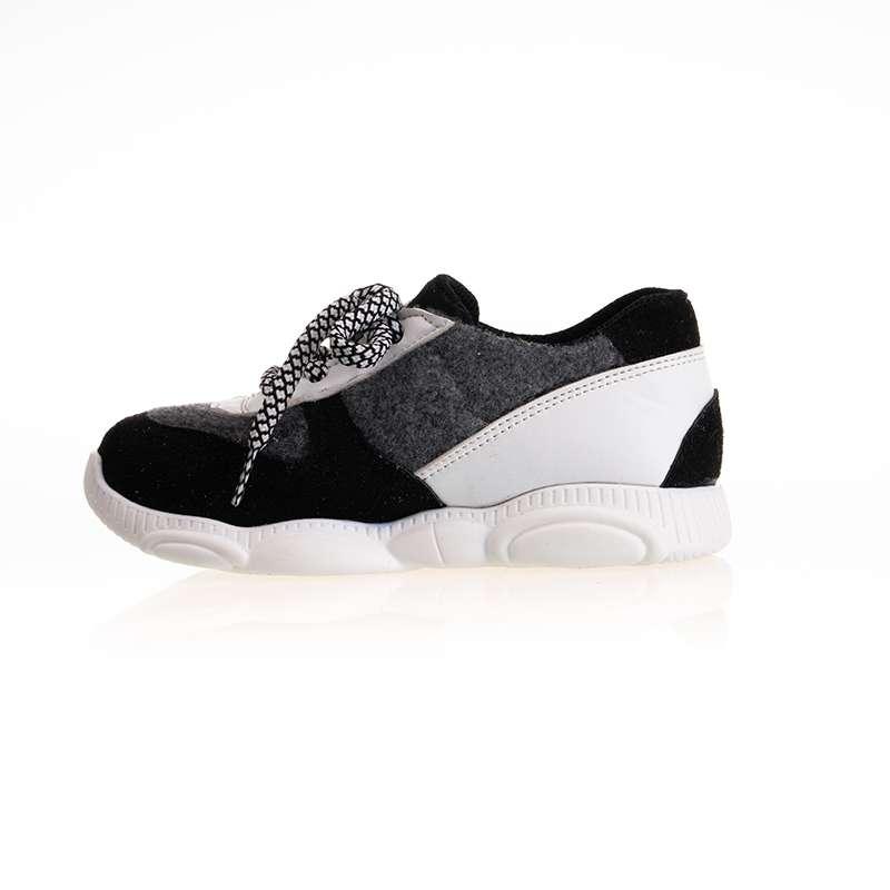 Siyah Beyaz Bağcıklı Sneaker