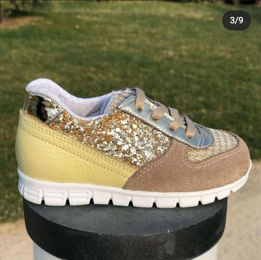 Krem Sarı Altın Bağcıklı Sneaker