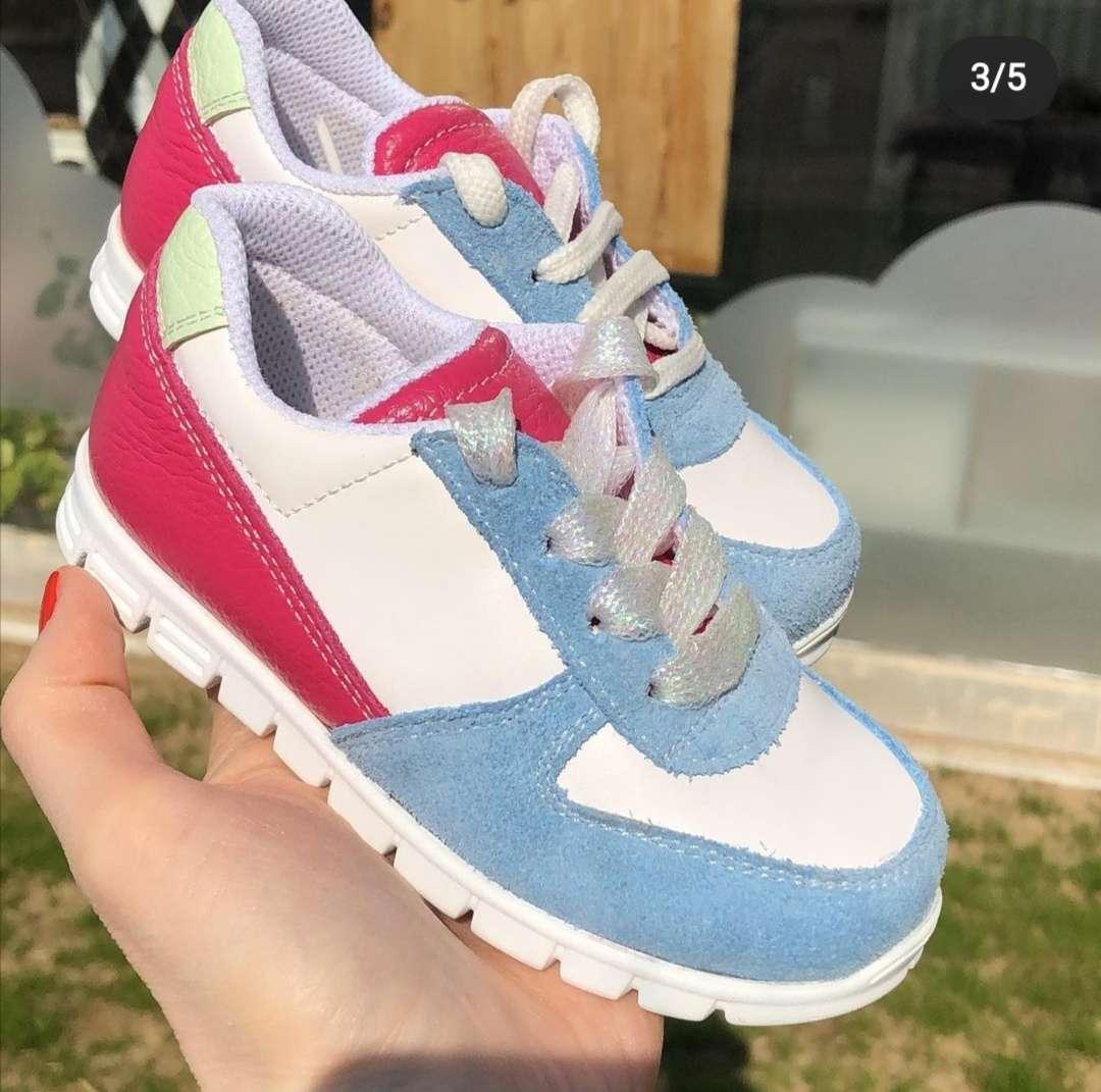 Mavi Beyaz Fuşya Sneaker